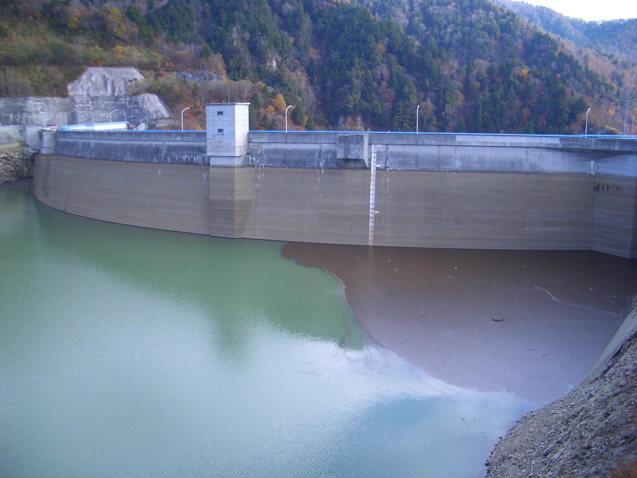 矢木沢ダム 1
