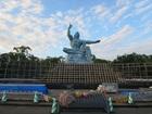 長崎・平和祈念像