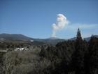 噴火中の霧島連山「新燃岳」